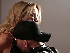 Jessica Drake is a blonde pornstars that in this clip has her pussy licked as she goes in the kitchen to prepare dinner. She gets rammed on the kitchen counter.