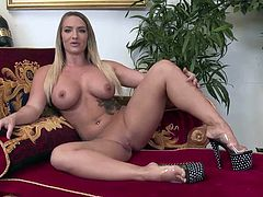 Sexy blonde chicks are sharing his BBC