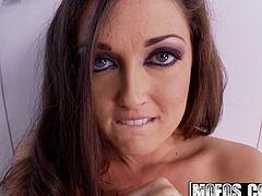 Mofos - Shes A Freak - Melissa Jacobs - Squirting Melissa