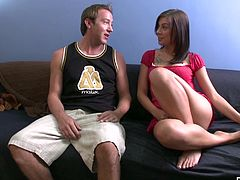 Babe Vanessa Naughty finds a boy toy with a huge cock online for a deep fuck