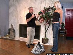 Brazzers - Hot And Mean - My Stepmom is a FANTASTIC Fuck sce
