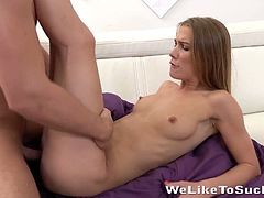 Lascivious babe Liz gives a deepthroat blowjob and gets her pussy fucked