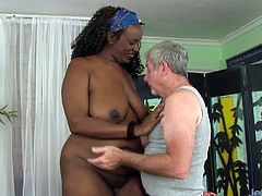 Black BBW visits a masseur She gets her tits sucked by him He starts massaging her good and Then tease her pussy with sex toys like dildo and vibrators and give her an orgasmic pleasure