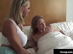 Beauty Sunny Lane Is Pussy Massaged By Vicky Vette!