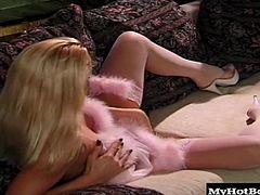 Pretty Silvia Saint looks irresistable in her sexy lingerie