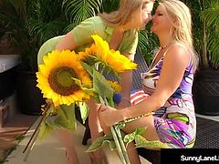 Lovely Sunny Lane & Busty Blonde Vicky Vette Fuck Poolside!