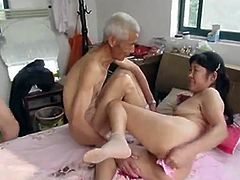 http://img0.sexcdn.net/0q/uc/0h_asian_nurse.jpg