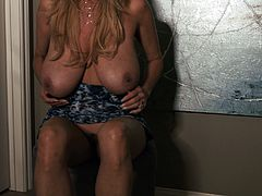Kelly Madison is a horny babe craving an amazing orgasm