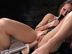 Carter Cruise does not have time to worry about the fact that her boyfriend is busy at work and will not be able to give her time. She takes her fucking machine, puts her legs wider and lets herself to enjoy...