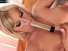 Sheila and Vivien are bored and horny – with these two that's a sure fire recipe for hot sex! Watch Sheila and Vivien takes turns pleasuring each other with their tongues and fingers.