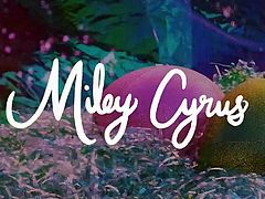 Miley Cyrus - Happy Easter 2018