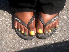 MILF Ebony Yellow & Green Toes