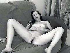 Young Sexy Larissa Chick masturbates in front of the Cam