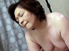http://img2.sexcdn.net/0t/lm/8r_shaved_pussy.jpg