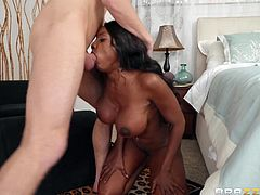 Did you ever had sex outdoors with a superhot busty ebony MILF? No? You can not even imagine how much you missed! Now here is your chance to see how it would feel like. Pull your dick out of your pants and stick it deep into this ebony milf's mouth...