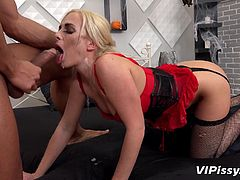 Open you mouth for a big surprise darling. I'm going to spray my pee right into your beautiful mouth. Do you like it when I urinate on your face? The blonde beauty was so turned on while she sucked me, that she wanted to ride my cock right after.
