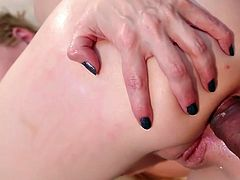 Horny blonde pornstar with a perfect body, Delirious Hunter, enjoys being slammed in a fantastic group sex action. Amazing babe adores having her ass drilled by a hard cock, as she gives an amazing blowjob at the same time. Hot stuff! Join!