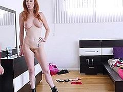 http://img3.sexcdn.net/0s/hx/ap_stepmom_caught.jpg