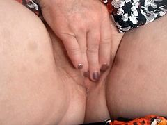 Chubby mature masturbate,squirt and creampie
