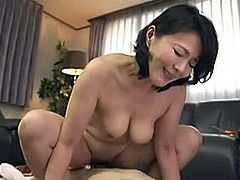 http://img0.sexcdn.net/0p/r6/pc_mature_masturbation.jpg