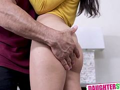 Kitty Carrera and Sofie Reyez In The Father Daughter Bake And Swap Pt 2