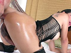 Maple prefer hard and big cocks and she enjoys to get them deep in her tight asshole. Her oiled buttocks look simply amazing, so Maple's lover first licks her ass, before stretching her asshole with his thick penis. Join and enjoy!