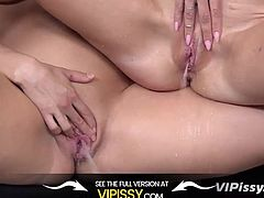 Vipissy - Paulina treats her maid to some lesbian piss play