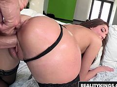 Vivie Delmonico wants a big dick and a thumb in her ass - Reality Kings