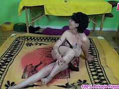 German old amateur granny during threesome sandwich