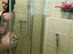 Naughty Shower Fuck with Bavarian Teen Girl Gymbunny