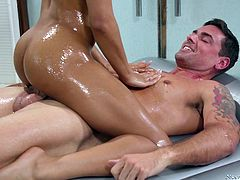 Maybe this dark-skinned beauty doesn't even know all the subtleties of professional massage, unlike any Asian masseuse, but she can definitely excite any man. Look how she massages his back with her naked chocolate body, before riding his hard dick in cowgirl position
