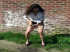 Desperate Women. Pee bursting