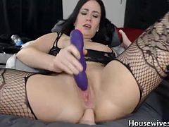 Paradise Kitten fucks really tight ass and squirting