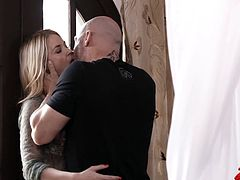 Check out this smoking hot and horny blonde porn star getting her tight little asshole drilled.Watch her sucking and fucking in HD.