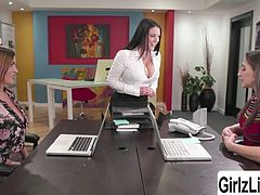 Angela White test Abella Danger and Krissy Lynn their phone service skill and they are good. Then, later on, these two sluts Abella and Krissy take the opportunity to fuck hot Angela wet pussy to get the job.