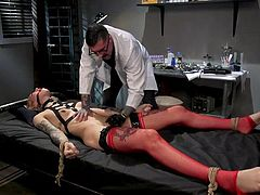 blonde tranny gets punished and fucked